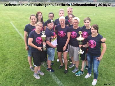 Foto zur Meldung: ESV Damen - Meister und Pokalsieger Shirts