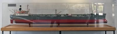 """Foto zur Meldung: Modell der """"Esso Bayern"""" landet in Wietze an"""