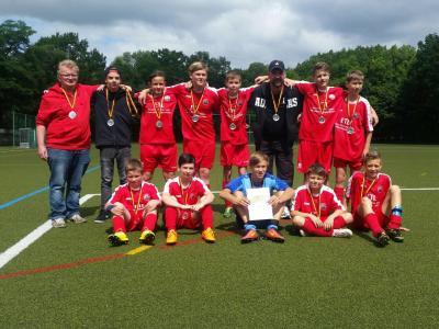 Foto zur Meldung: D-Junioren mit Auswärtssieg zur Silbermedaille