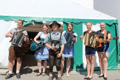 Foto zu Meldung: Gartenfest bei den Edelweißschützen