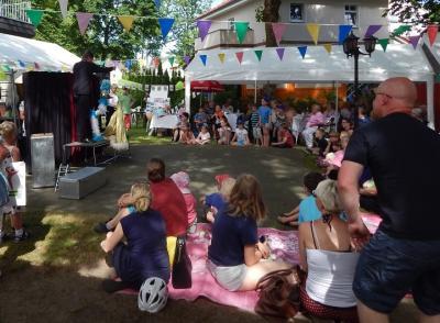 Foto zur Meldung: Familienfest begeisterte Groß und Klein