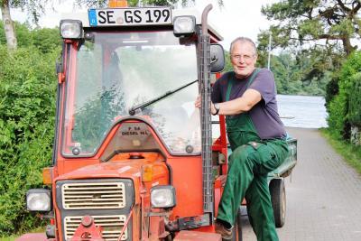 Foto zur Meldung: Vor 10 Jahren: Schmalensee hat einen Gemeindearbeiter