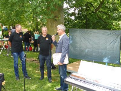 Bild von links nach rechts: Vorsitzender Bernd Laube, Rolf Augustin, Norbert Winter)