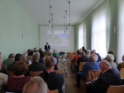 Der Vorsitzende der Fördergesellschaft Prof. Köpke bei der Begrüßung der Gäste