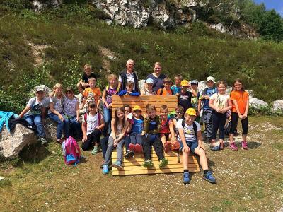 Foto zur Meldung: Die 3. Klasse erkundete den Pfahl