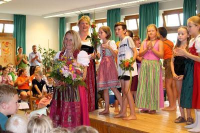 Foto zur Meldung: Schulfest in der Grundschule kurz vor den Sommerferien