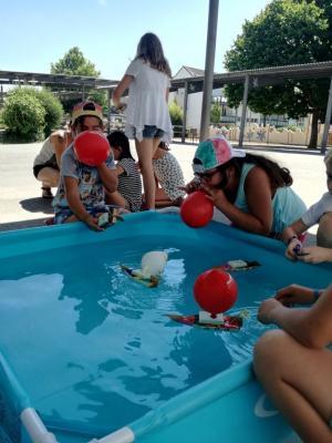 Das Luftballon-Boot