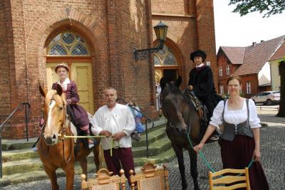 Foto zur Meldung: Luther ritt auf Pferd nach Niemegk