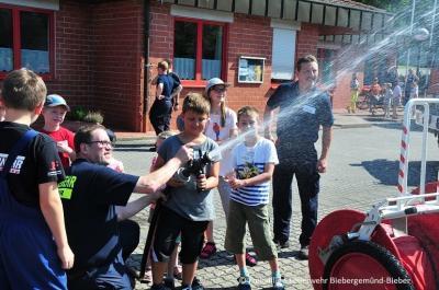 Ferienspiele bei der Feuerwehr Bieber