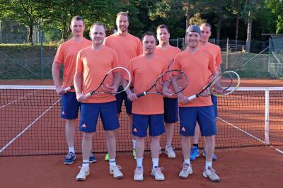 Foto zur Meldung: Tennis Herren 1 - Vier Begegnungen – vier Siege
