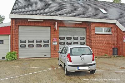 So wie auf diesem Symbolfoto werden die Tore der Feuerwehr Klecken häufig zugeparkt.