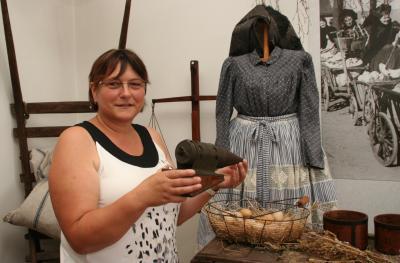 Vorschaubild zur Meldung: Kathrin Schwella leitet das Heimatmuseum Dissen