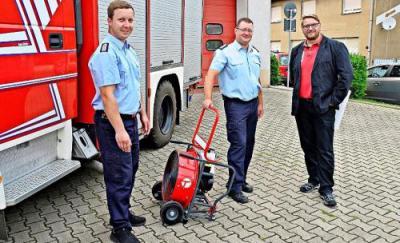 Foto zur Meldung: Feuerwehr Schönborn hat einen Hochleistungslüfter