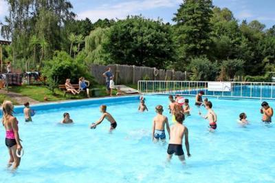 Foto zur Meldung: Görzke - 80 Jahre Bad