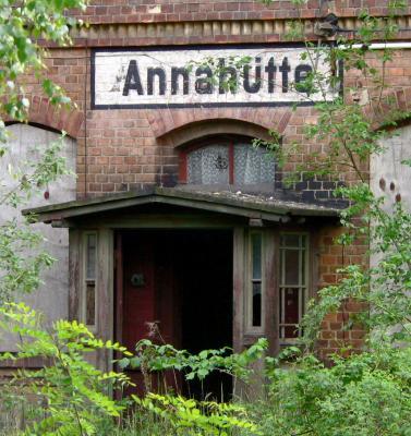 Der frühere Annahütter Bahnhof soll aus dem Dornröschenschlaf erwachen.