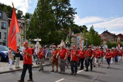 Festumzug auf dem 117. Deutschen Wandertag in Eisenach (Foto: Helga Brandt)