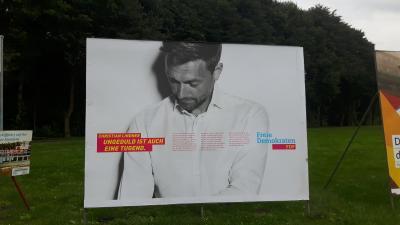 Großflächenplakat unserer Partei in Wusterhausen an der B5