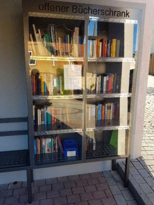 Offene Bücherschrank