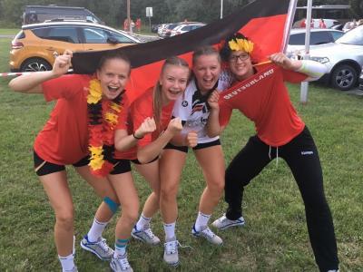 Foto zur Meldung: Finale! Sommermärchen der U17-Mädels geht weiter - Jungs werden Neunter bei WM