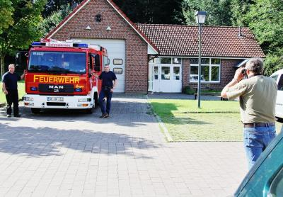 Foto zur Meldung: Hurra – Unsere Feuerwehr ist in der Zeitung!