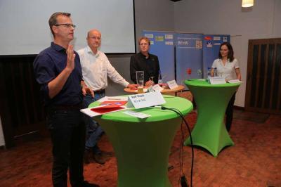Vlnr. Volker Bajus, Karsten Becker, Dr. Holger Buschmann, Verena Michalek