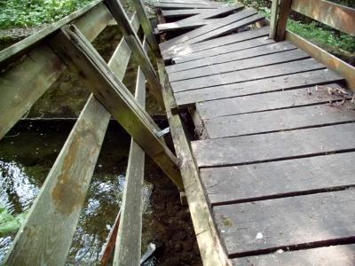 Die zerstörte Thyrabrücke am Fürstenweg