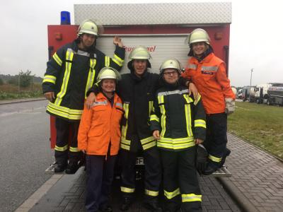 Foto zur Meldung: Motorisierter Feuerwehrmarsch in LUP