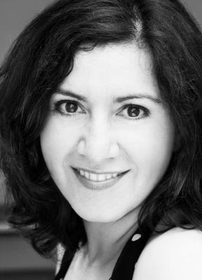Melanie Schneider – Gesangslehrerin.