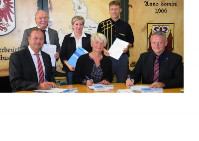 Unterschreibung der Kooperationsvereinbarung - MBJS - OSZ - HWK