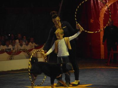 Vorschaubild zur Meldung: Zu Besuch im Zirkus!