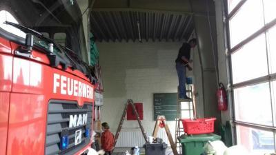Foto zu Meldung: Das Söruper Gerätehaus wird aufgefrischt