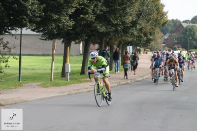 Foto zur Meldung: Jedermann Radrennen durch die Lewitz