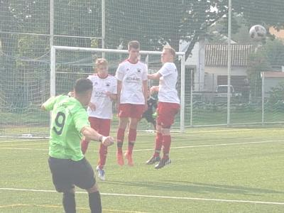 Vorschaubild zur Meldung: Fussball (Bezirksliga) - Deutliche Niederlage beim TuS Ergenzingen