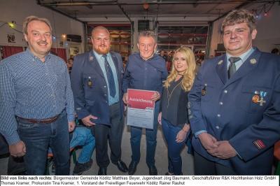 Vorschaubild zur Meldung: Besondere Auszeichnung für R&K Hochfranken Holz GmbH im Rahmen des Herbstfestes der Freiwilligen Feuerwehr Köditz