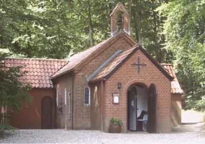 Foto zur Meldung: Erntedank in der Waldkapelle