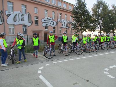 Vorschaubild zur Meldung: Fahrradprüfung der 4. Klassen
