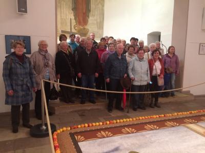 Vorschaubild zur Meldung: Ausflug der Senioren nach Sargenzell zum Früchteteppich