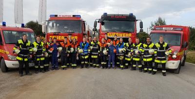 Ein starkes Team: Die Jugendgruppe der Feuerwehr Happing mit ihren Ausbildern und unterstützt von vier aktiven Feuerwehrleuten bei der Tagesübung