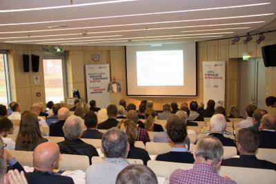 "Ausgebucht: Das EIPOS-AGE-Symposium ""Entrauchung"" in Hamburg"