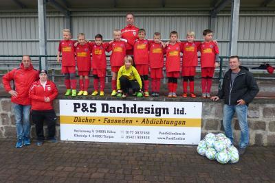 Foto zur Meldung: Fußball: +++ Neue Trainingsbälle für unsere E-Junioren +++