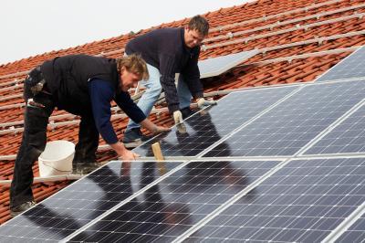 Foto zu Meldung: Preiswerter wohnen mit Mieterstrom? - Neue Klimadialogveranstaltung in der URANIA Potsdam