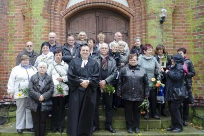 Foto zur Meldung: Goldene Konfirmation in Sülstorf