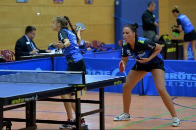 Vorschaubild zur Meldung: 1.Damen besiegt Tostedt im Derby und sonnt sich auf Platz 2