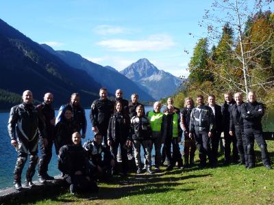 (Foto Sageder)  Nicht nur am Plansee bot sich ein herrlicher Ausblick in die Tiroler Bergwelt.