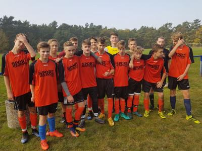 Foto zur Meldung: Regionalfinale Fußball JtfO WKII in Luckenwalde