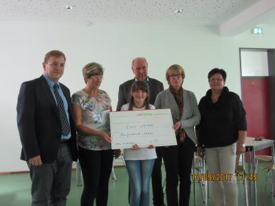 Foto zu Meldung: Ein herzliches Dankeschön an Frau Schütt!
