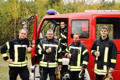 Foto zur Meldung: Heldenfahrt der Feuerwehr Schmalensee – Platz 7 bei der Fahrübung des Kreisverbandes