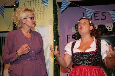 Foto zur Meldung: Erfolgreiche Theater-Premiere des Turnvereins - Urkomisch vom Anfang bis zum Ende