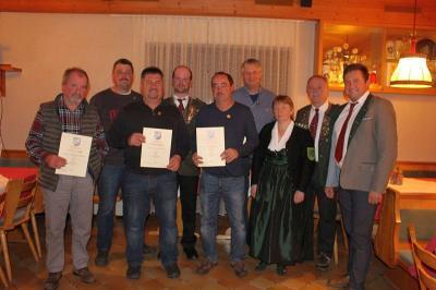 Foto zu Meldung: Jahreshauptversammlung bei den Edelweißschützen – Ehrung für langjährige Vereinstreue