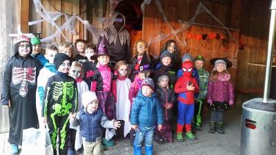 Foto zur Meldung: Die SV Jugend feierte Halloweenparty